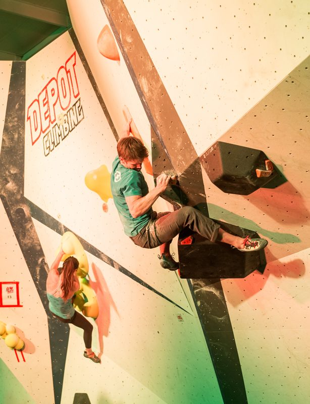 Chimera climbing shoe